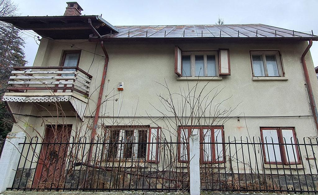 Teren și construcție în Bușteni – Bulevardul Libertății nr. 254