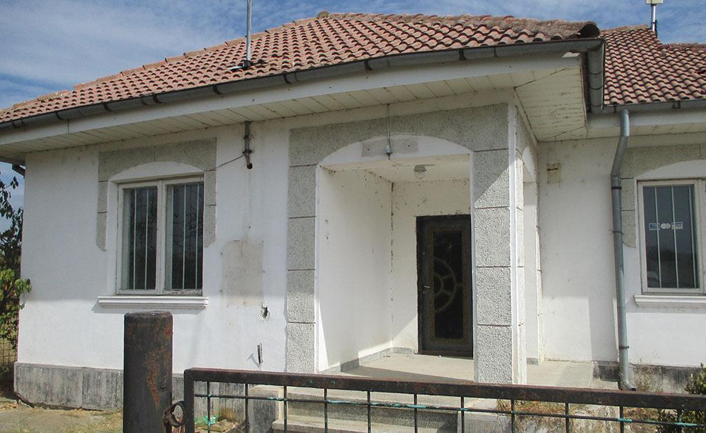 Teren și construcție în localitatea Potcoava – Strada Principală