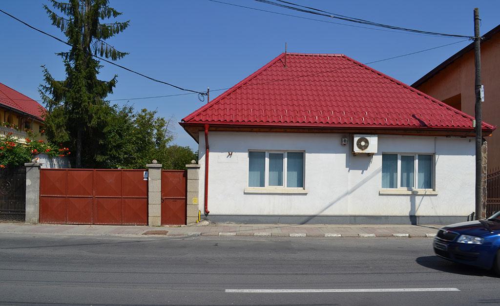 Teren și construcție în Săcele – Str. Brașovului nr. 230